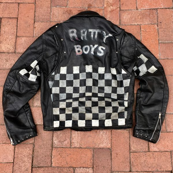 VINTAGE BIKER GANG RATTY BOYS STUDDED RACER FLAG PUNK ROCK LEATHER JACKET