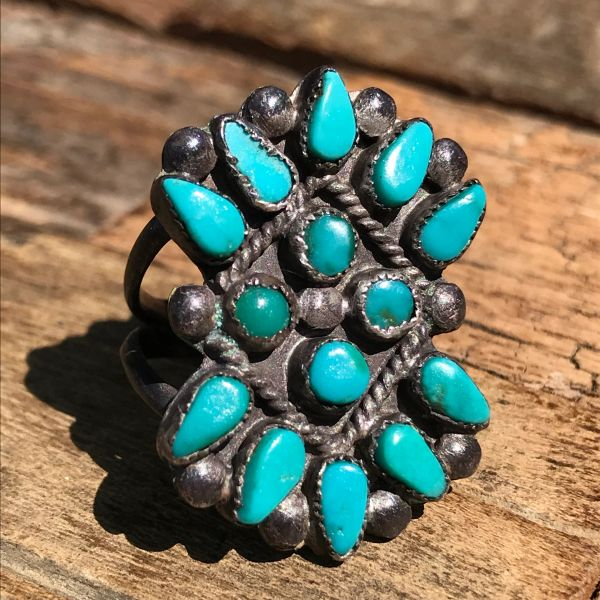 SOLD 1940s BOW SHAPED GREEN ZUNI TURQUOISE SILVER RING