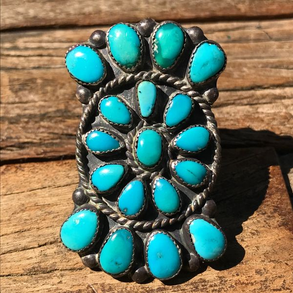 1950s LARGE BOW SHAPED SIGNED ZUNI BLUE TURQUOISE CLUSER SILVER RING