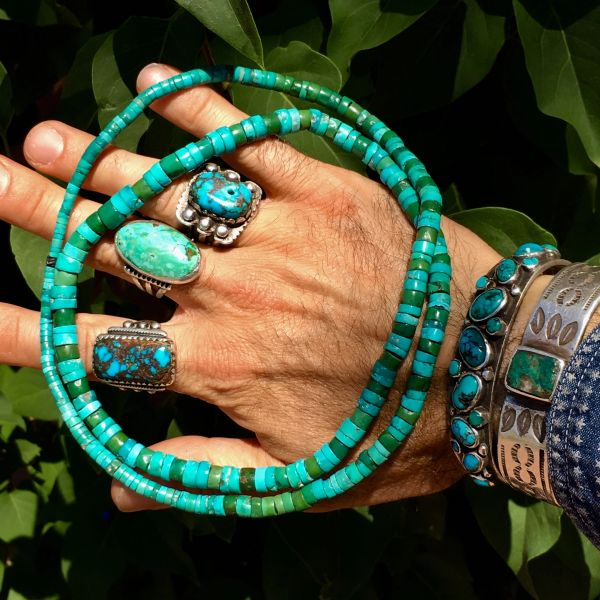 SOLD 1900s BLUE & GREEN LONG GRADUATED TURQUOISE HEISHE NECKLACE