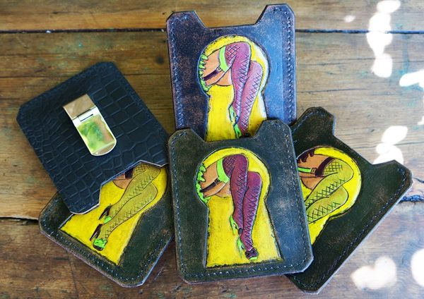 LEATHER KEYHOLE CARD WALLET & MONEY CLIP