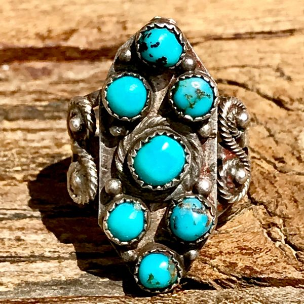 1920s ZUNI CLUSTER PETIT POINT BLUE TURQUOISE ROUND STONES HANDCUT BEZELS SILVER PINKY RING