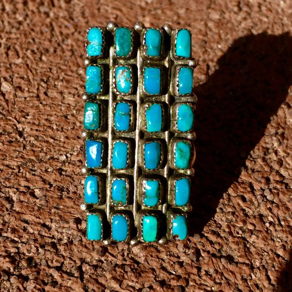 SOLD 1930s FINGER LONG CLUSTER TURQUOISE RING