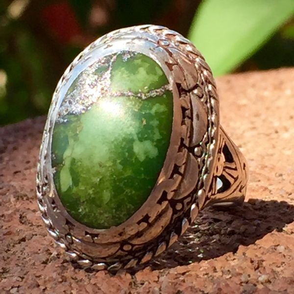 RARE 1920s SCALLOPED CARVED STAMPED SUN & THUNDERBIRD TURQUOISE SILVER FRED HARVERY ERA RING