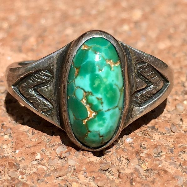 SOLD 1930s SMALL BLUE GREEN DOMED TURQUOISE SILVER STAMPED SMALL STONE RING