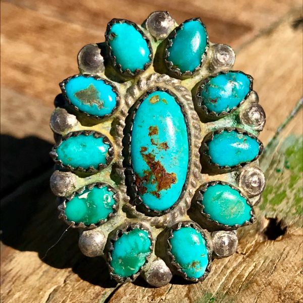 1940s ZUNI TURQUOISE & SILVER CLUSER RING