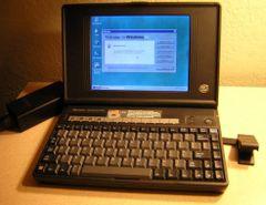 HP OmniBook 600C 4/50 Color Mini Notebook Computer Windows 95