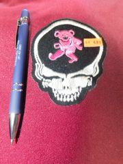 Skull/pink bear