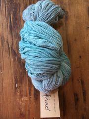 Manos deal Uruguay Fino- Watered Silk sf404