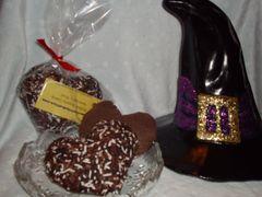 2 Organic Catnip Heart Cookies