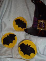 Bats in a Full Moon