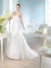 San Patrick by Pronovias Wedding Dress Hach