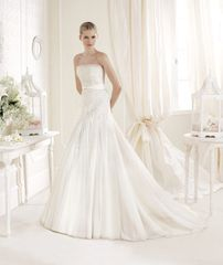 La Sposa by Pronovias Wedding Dress Igore