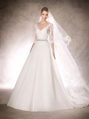 La Sposa by Pronovias Wedding Dress Halfrid