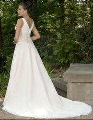 Emerald Bridal Wedding Dress 9108