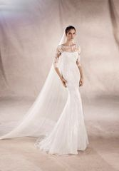 White One by Pronovias Wedding Dress Yasu