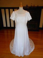 Gloria Vanderbilt Wedding Dress RN84270