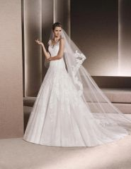 La Sposa by Pronovias Wedding Dress Ronan