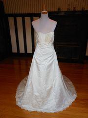 Sacha James Wedding Dress D1299