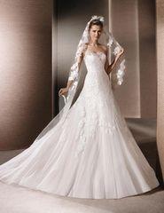 La Sposa by Pronovias Wedding Dress Remberta