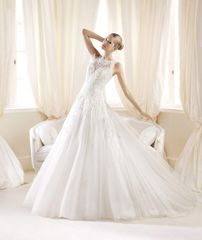 La Sposa by Pronovias Wedding Dress Ilaurita