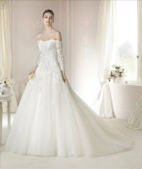 White One by Pronovias Wedding Dress Daira