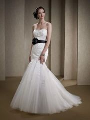 Miss Kelly Paris Wedding Dress 51W05363