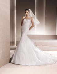 La Sposa by Pronovias Wedding Dress Reni