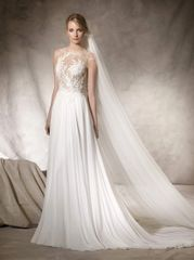 La Sposa by Pronovias Wedding Dress Haiko