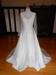 Miss Kelly Paris Wedding Dress 51W5378