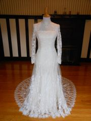 Lady Roi Bridal Wedding Dress 8272