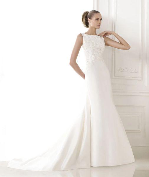 3d2f76ee0f3 Pronovias Wedding Gown Dress Bonnie