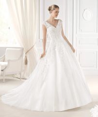 La Sposa by Pronovias Wedding Dress Ellis