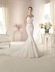 White One by Pronovias Wedding Dress Damara