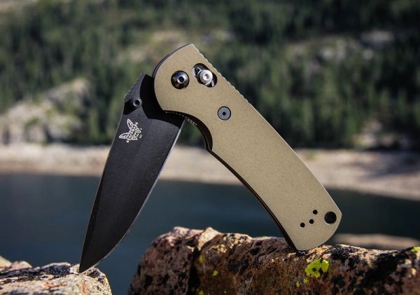 Blemished Benchmade Full Size Griptilian Kit