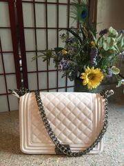 Quilted Shoulder Strap Handbag