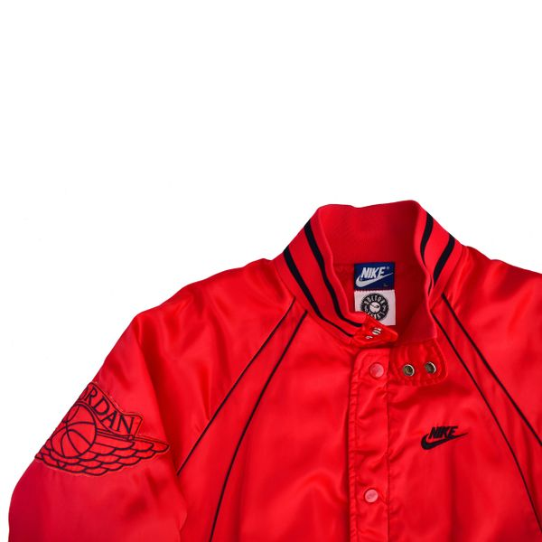 c6d914b2a4b87e 1 1 Air Jordan 1 Nike Blue Tag 1985