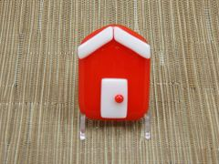 Beach hut glass fridge magnet - light red with white trim