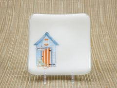 Beach hut (blue) small white glass curved plate