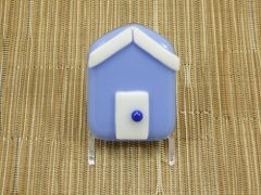 Beach hut glass fridge magnet - lavender with white trim