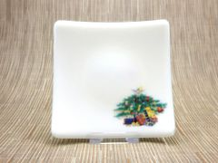 Christmas tree cream glass curved plate