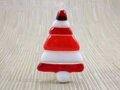 Christmas tree No. 1 glass fridge magnet