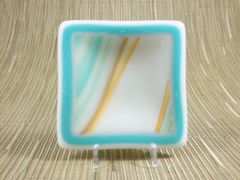 Blue/orange patterned small glass square centre plate