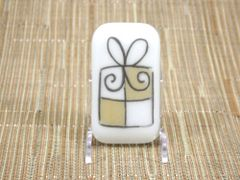 Christmas present (large) white glass fridge magnet