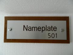 NPW2005_Executive Nameplate With Wooden Base_Rectangle