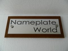 NPW2004_Executive Nameplate With Wooden Base_Rectangle
