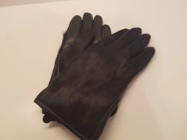 Black Pony Hair Gloves (AT46BKG)