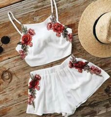 Fashion Embroidery Crop Top With Loose Pant