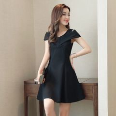 Off Shoulder V Neck Black Short Dresses