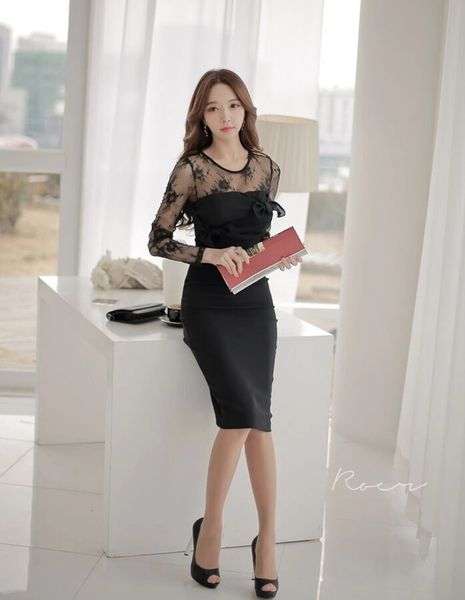 OL Style Lace Matching Hook Flower Customized Dress Open Back Bow Decorated Sheath Dress
